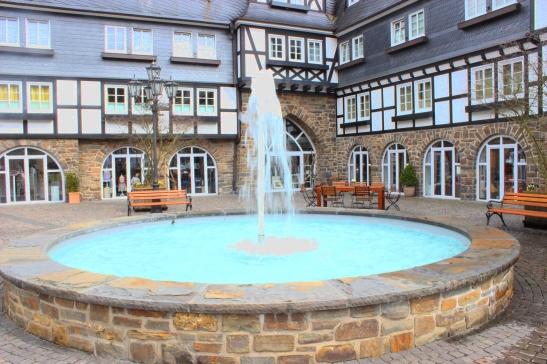 Hotel_Deimann_Brunnen