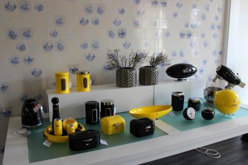 Villa Wesco schwarz gelb