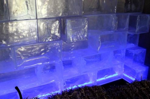 Eisblock Wand