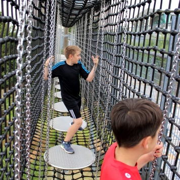 Erlebnisberg Kappe Panorama Brücke Kinder