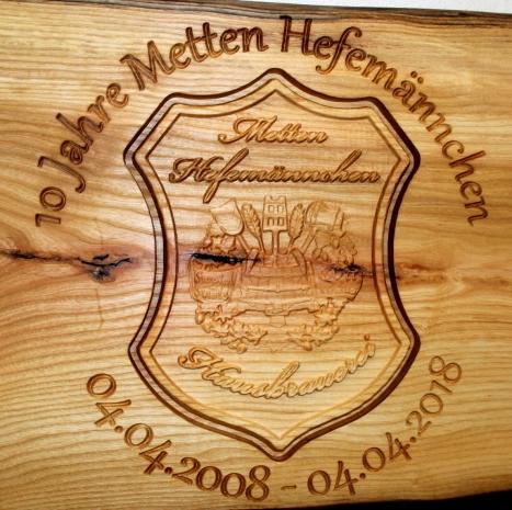Metten Hefemännchen Wappen Holz