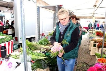 Attendorner Wochenmarkt Blumenstrauß