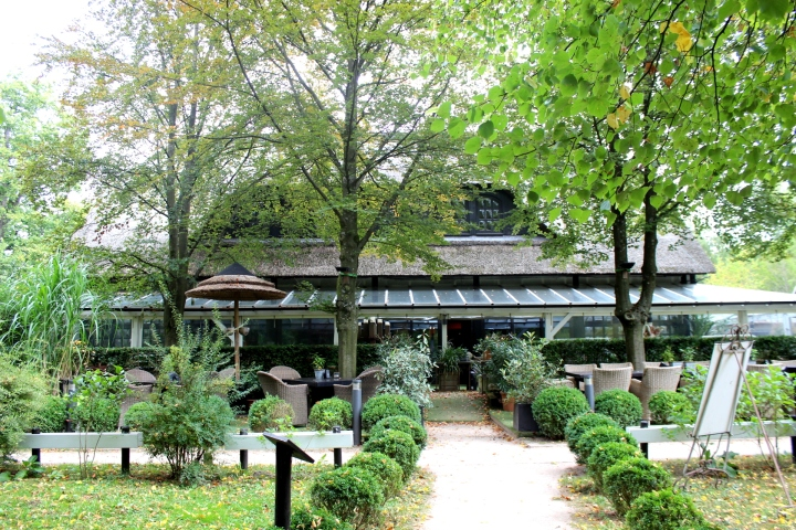 Torhaus Möhnesee Gartenansicht