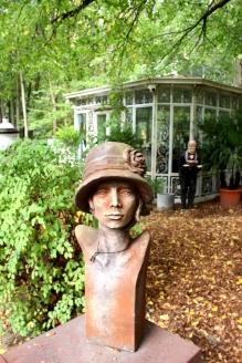 Torhaus Möhnesee Sklupturengarten Büste