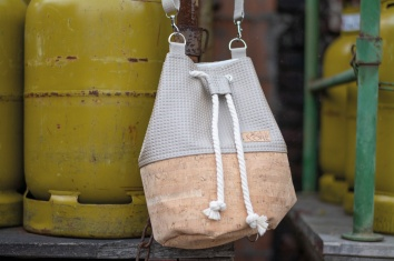 Grete und Lore Bucket-Bag 2