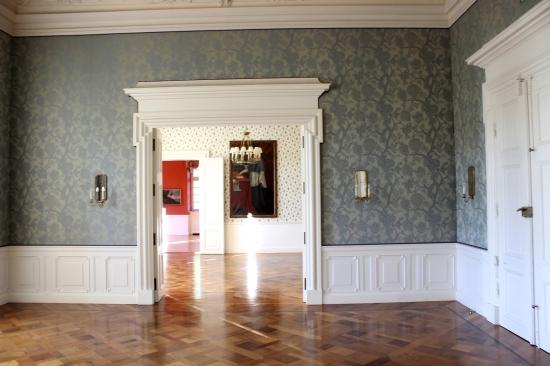 Schloss Körtlinghausen Saal blau