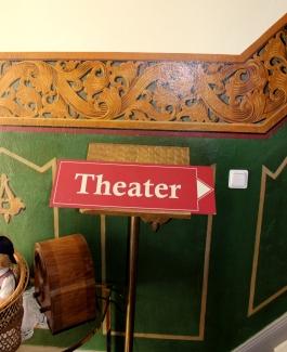 Schrabben Hof Bühne Theater
