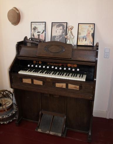 Schrabben Hof Cafe Orgel