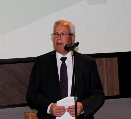 Sauerlandität Landrat Dr Karl Schneider