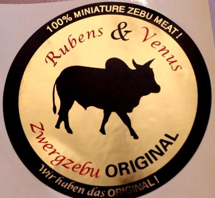 Zwergzebu vom Gutshof Original Etikett