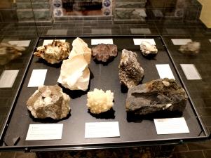Burg Atena Museum Geologische Exponate