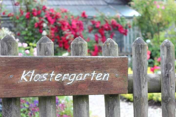 Rosendorf Assinghausen Klostergarten