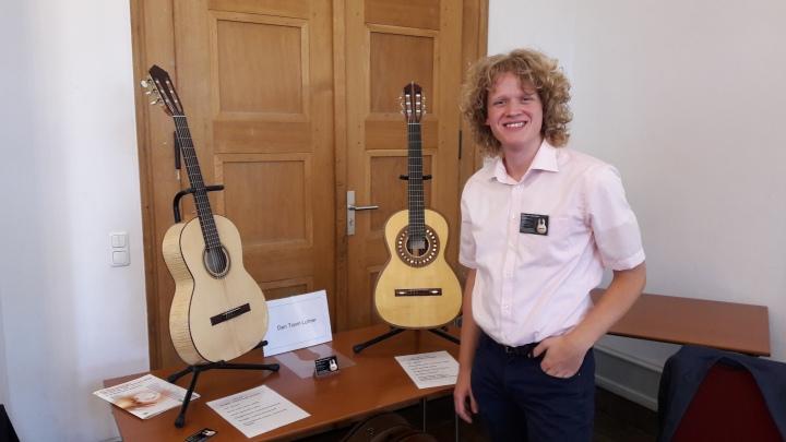 Lucy, Steven den Toom Luthier