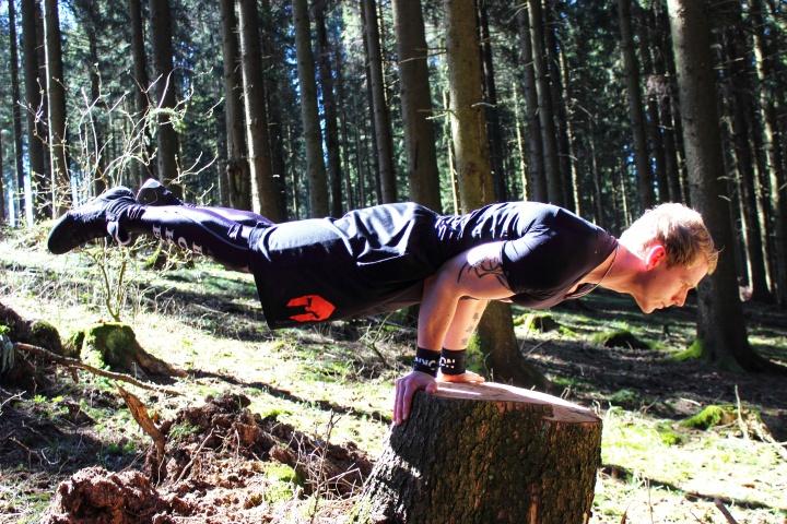 Outdoor Bodyweight Training Marcel Lüttecke 1