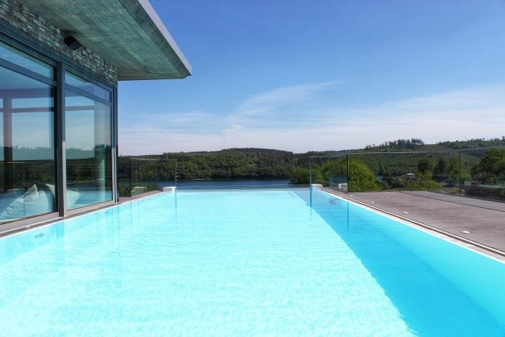 Seegarten Pool-01